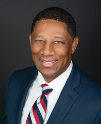Agente de seguros Terrence James