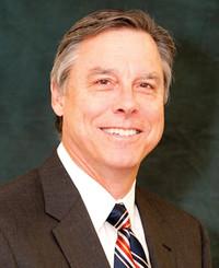 Agente de seguros Tom Holmes