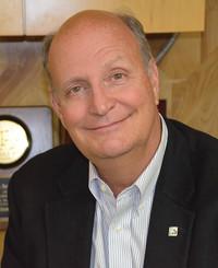 Agente de seguros Steve Arrington