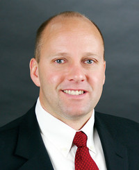 Agente de seguros Paul Clark