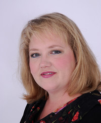 Insurance Agent Lauri Thompson