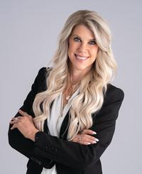 Insurance Agent Kara Grauerholz