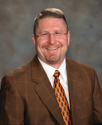 Agente de seguros Paul Baca Jr