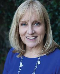 Insurance Agent Lynn Petrie Lange
