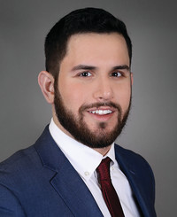Agente de seguros Max Adelman