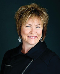 Insurance Agent Victoria Hayes