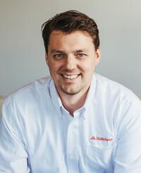 Agente de seguros Chris Hallberg