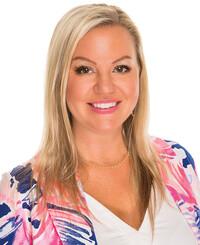 Insurance Agent Lori Robertson