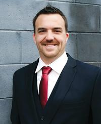 Agente de seguros Derek Kinder