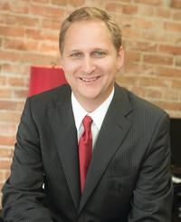 Agente de seguros Jay Zender