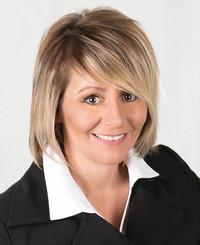 Insurance Agent Carmen Erhardt