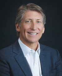 Agente de seguros John Patterson