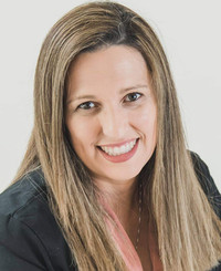 Insurance Agent Dayana Torres