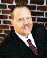 Agente de seguros Andrew Whitaker