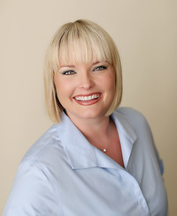 Insurance Agent Kelly Barr