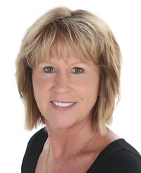 Insurance Agent Sharon Opdahl