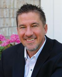 Agente de seguros Kirk Gwaltney