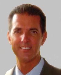 Agente de seguros Joseph Simeone