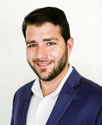 Agente de seguros Mark Ziegler