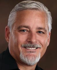 Agente de seguros Dennis Hurst