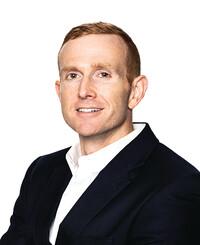 Agente de seguros Andrew Locke