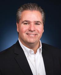 Agente de seguros John Galea