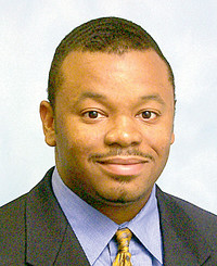 Agente de seguros Carl Baker