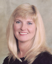 Insurance Agent Donna Comer