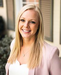 Agente de seguros Hannah Hoskins