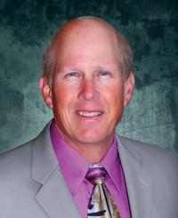 Agente de seguros Mark Larson